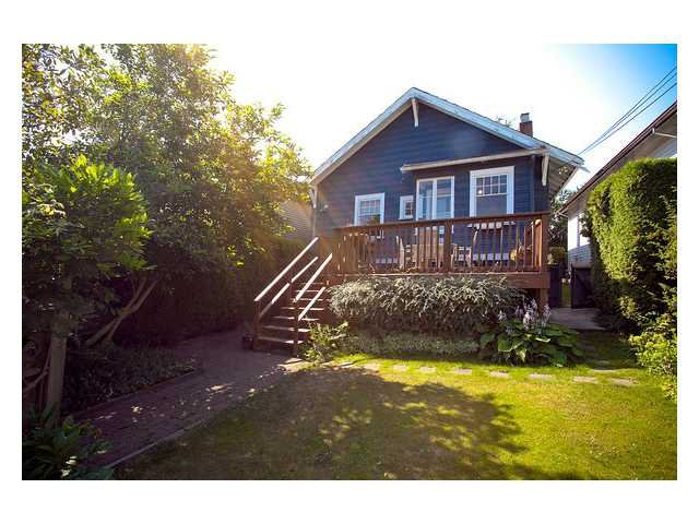 Photo 3: Photos: 947 W 20TH Avenue in Vancouver: Cambie House for sale (Vancouver West)  : MLS®# V850103