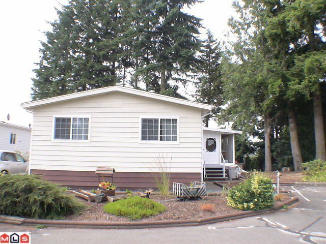 """Main Photo: 196 3665 244TH Street in Langley: Otter District Manufactured Home for sale in """"LANGLEY GROVE ESTATES"""" : MLS®# F1028476"""