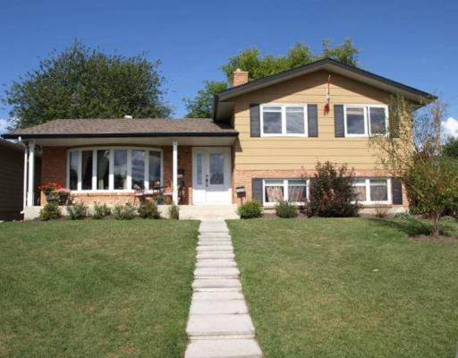 Main Photo: 12532 Lake Fraser Way SE in CALGARY: Lake Bonavista Residential Detached Single Family for sale (Calgary)  : MLS®# C3379894