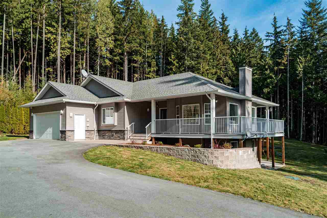 Main Photo: 12286 CARDINAL Place in Mission: Steelhead House for sale : MLS®# R2417586