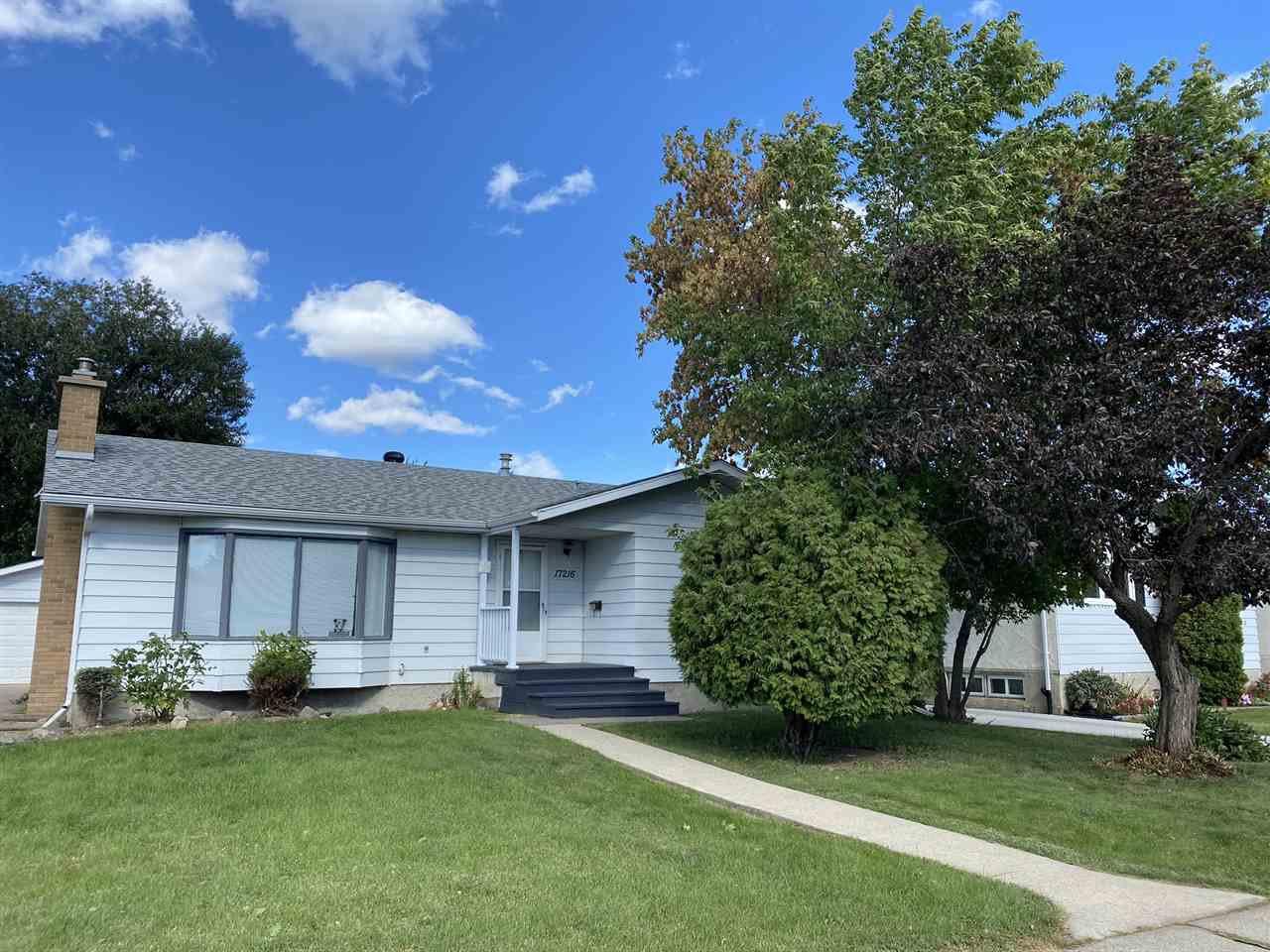 Main Photo: 17216 77 Avenue in Edmonton: Zone 20 House for sale : MLS®# E4198698