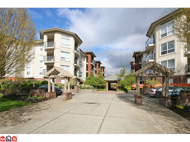 "Main Photo: 203 20239 MICHAUD Crescent in Langley: Langley City Condo for sale in ""CITY GRANDE"" : MLS®# F1027431"