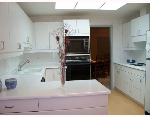 Photo 6: Photos: 180 TUXEDO Avenue in WINNIPEG: River Heights / Tuxedo / Linden Woods Condominium for sale (South Winnipeg)  : MLS®# 2901856