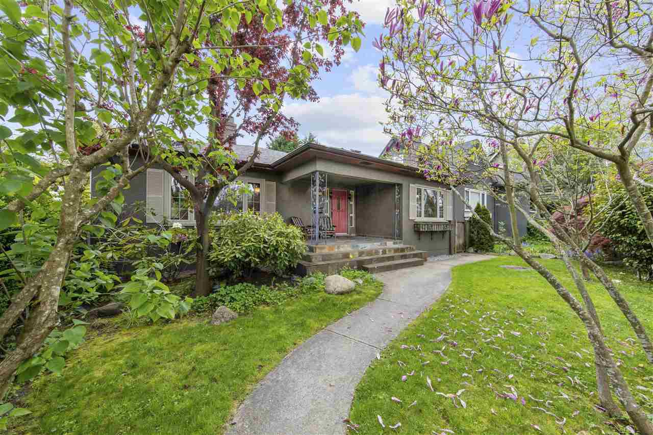 Main Photo: 3828 W BROADWAY in Vancouver: Point Grey House for sale (Vancouver West)  : MLS®# R2452359