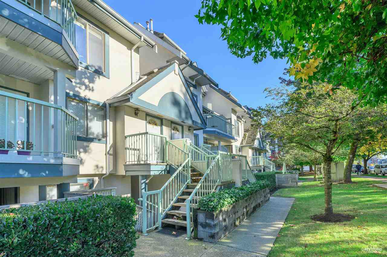 """Main Photo: 8 7520 18TH Street in Burnaby: Edmonds BE Townhouse for sale in """"WESTMOUNT PARK"""" (Burnaby East)  : MLS®# R2513250"""