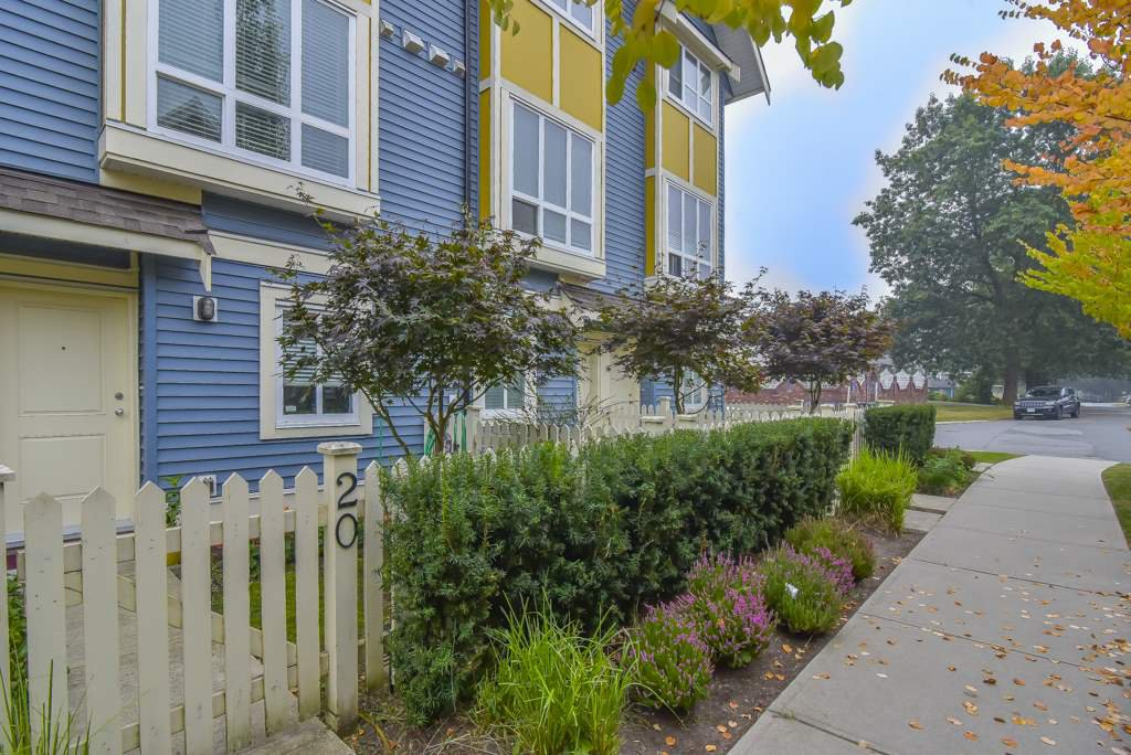 "Main Photo: 20 14388 103 Avenue in Surrey: Whalley Townhouse for sale in ""The Virtue"" (North Surrey)  : MLS®# R2514442"