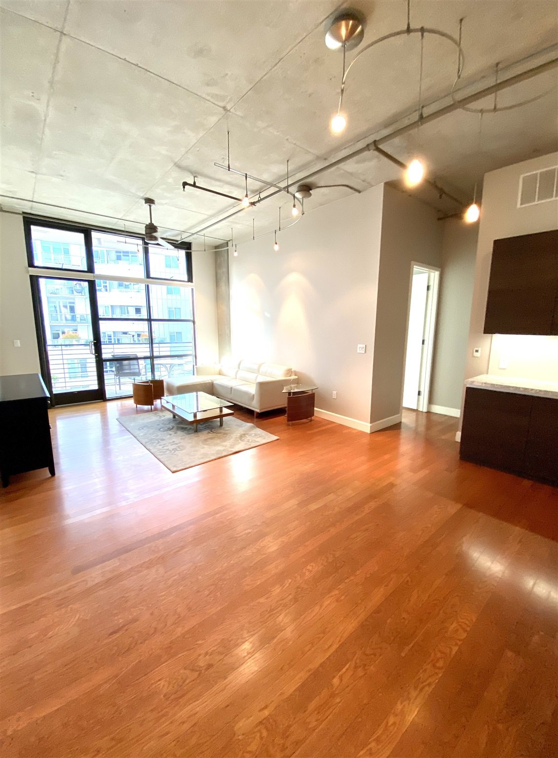 Main Photo: DOWNTOWN Condo for rent : 1 bedrooms : 1050 Island Ave #518 in San Diego