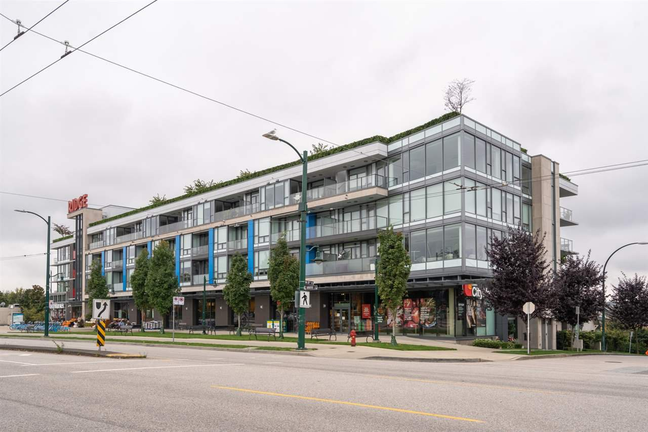 "Main Photo: 211 2118 W 15TH Avenue in Vancouver: Kitsilano Condo for sale in ""Arbutus Ridge"" (Vancouver West)  : MLS®# R2506022"