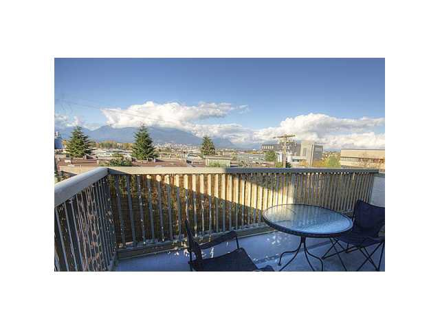 Main Photo: 407 1099 E BROADWAY in Vancouver: Mount Pleasant VE Condo for sale (Vancouver East)  : MLS®# V808468