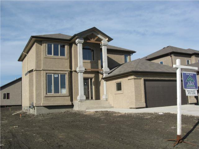 Main Photo: 31 ELSTREE Court in WINNIPEG: Windsor Park / Southdale / Island Lakes Residential for sale (South East Winnipeg)  : MLS®# 1013069
