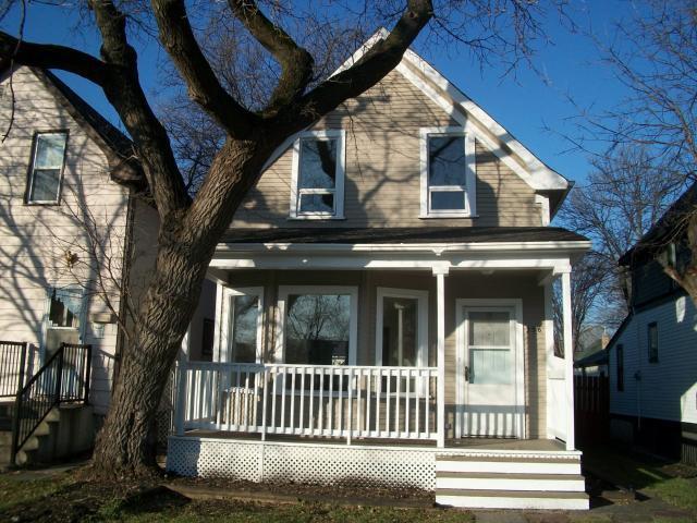 Main Photo: 358 PARKVIEW Street in WINNIPEG: St James Residential for sale (West Winnipeg)  : MLS®# 1021337