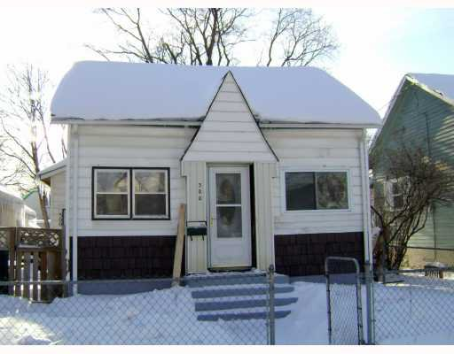 Main Photo:  in WINNIPEG: North End Residential for sale (North West Winnipeg)  : MLS®# 2901056