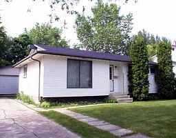 Main Photo: 19 BRYN MAWR Road in WINNIPEG: Fort Garry / Whyte Ridge / St Norbert Single Family Detached for sale (South Winnipeg)  : MLS®# 9909374