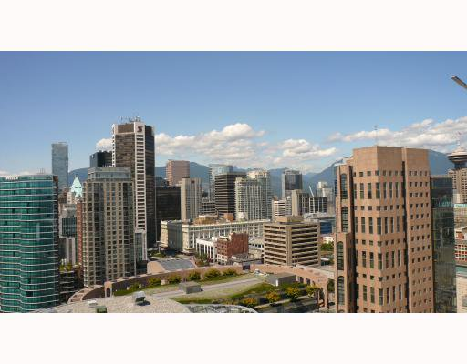 """Photo 3: Photos: 2610 233 ROBSON Street in Vancouver: Downtown VW Condo for sale in """"TV TOWER 2"""" (Vancouver West)  : MLS®# V777183"""