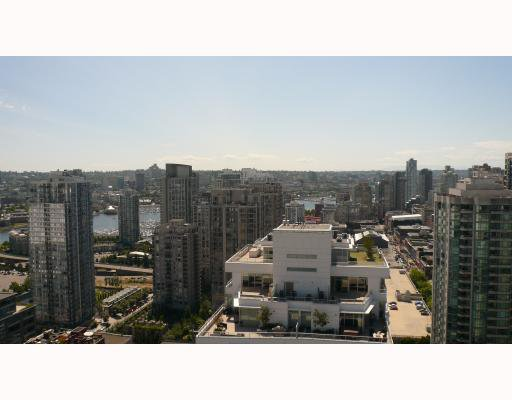 """Photo 2: Photos: 2610 233 ROBSON Street in Vancouver: Downtown VW Condo for sale in """"TV TOWER 2"""" (Vancouver West)  : MLS®# V777183"""