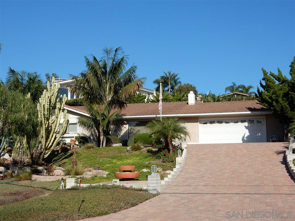 Main Photo: SOLANA BEACH House for rent : 3 bedrooms : 1164 Solana Drive in Del Mar