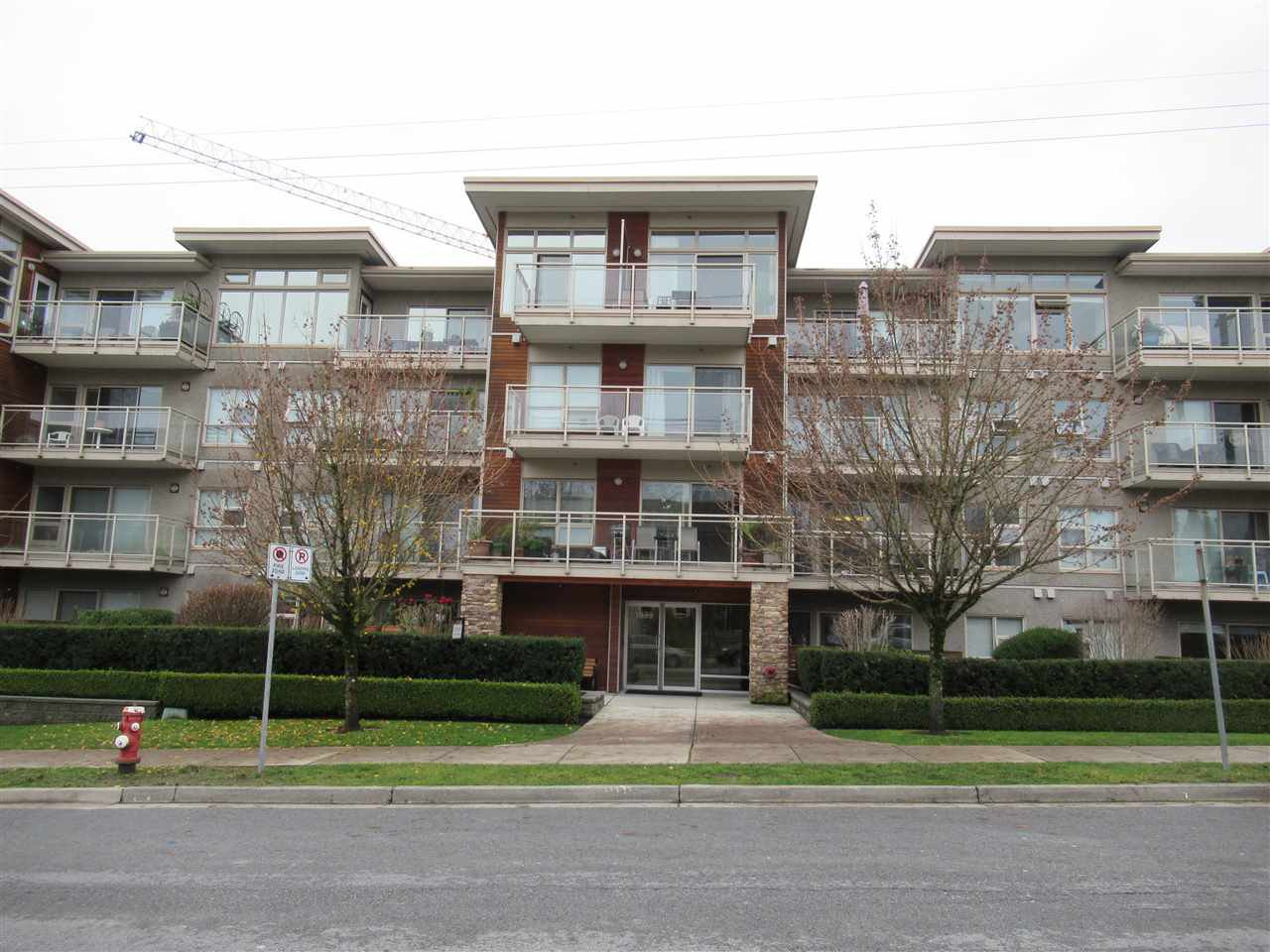 "Main Photo: 312 1033 ST. GEORGES Avenue in North Vancouver: Central Lonsdale Condo for sale in ""Villa St. Georges"" : MLS®# R2422619"