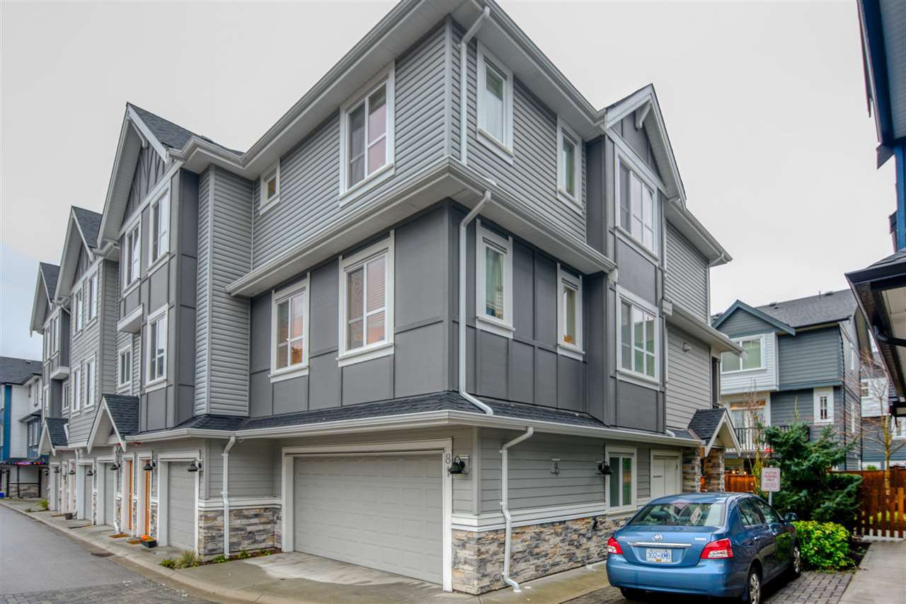 Main Photo: 81 20860 76 Avenue in Langley: Townhouse for sale : MLS®# R2420425