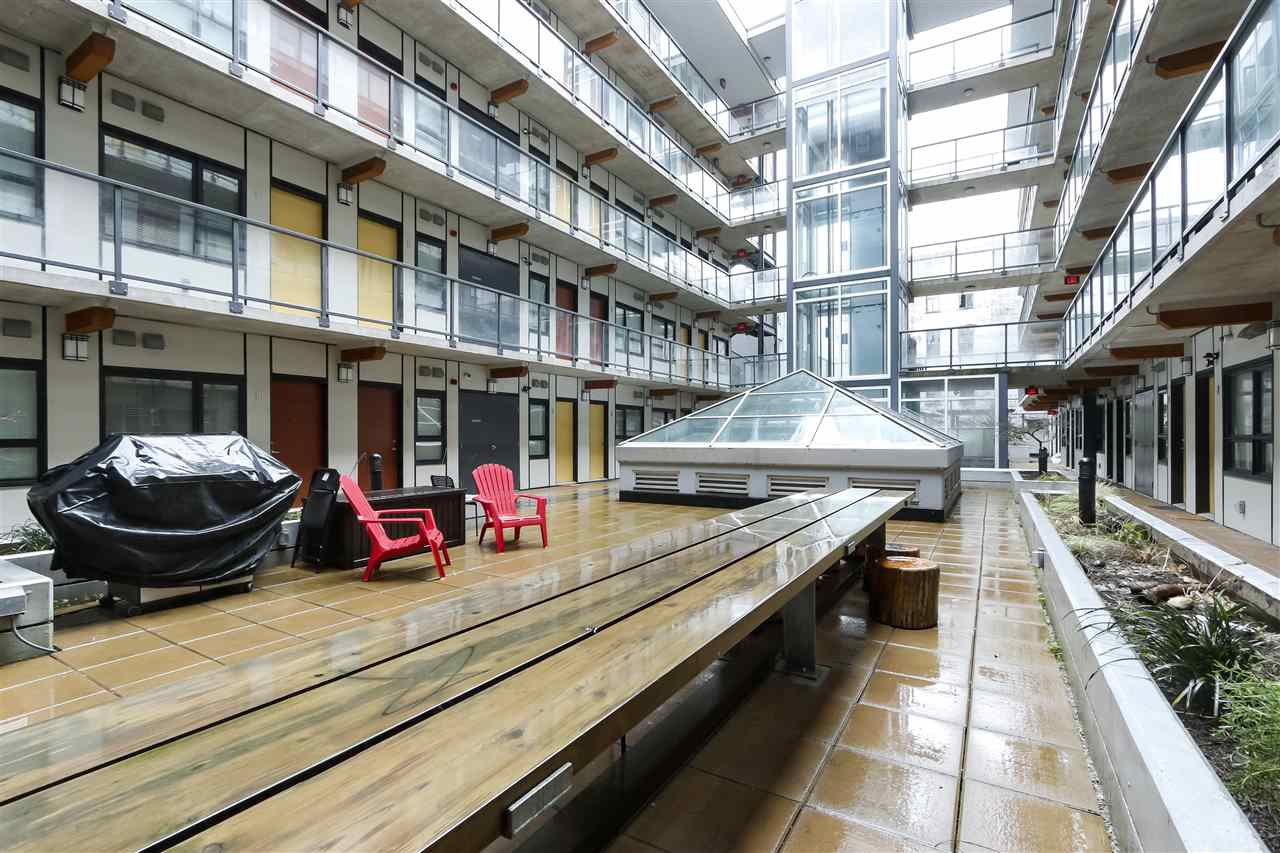 """Main Photo: 203 138 E HASTINGS Street in Vancouver: Downtown VE Condo for sale in """"Sequel 138"""" (Vancouver East)  : MLS®# R2432623"""