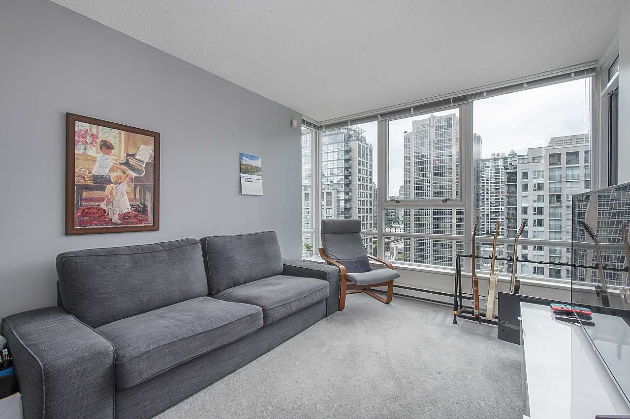High floor with lots of natural light