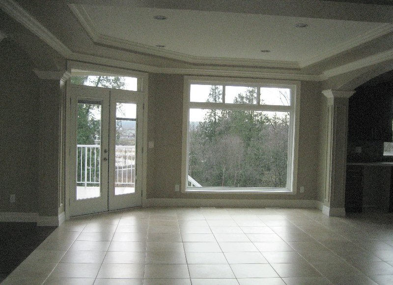 """Photo 6: Photos: 16368 58A Avenue in Surrey: Cloverdale BC House for sale in """"Highlands"""" (Cloverdale)  : MLS®# F1003455"""