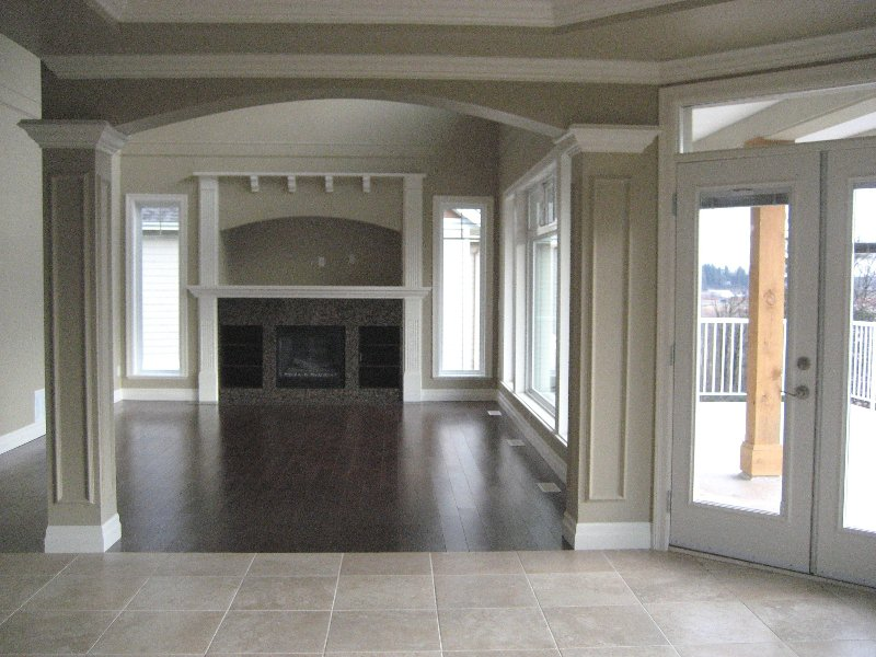 """Photo 4: Photos: 16368 58A Avenue in Surrey: Cloverdale BC House for sale in """"Highlands"""" (Cloverdale)  : MLS®# F1003455"""