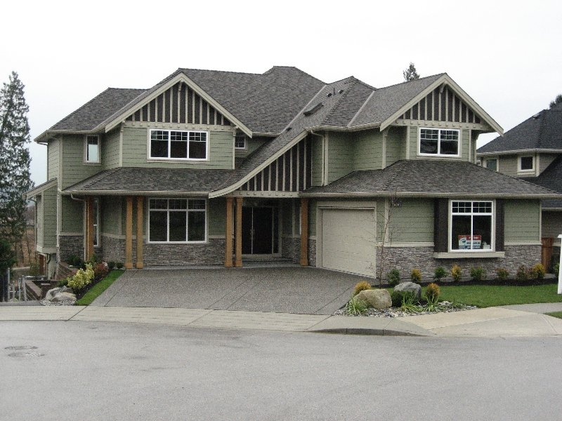 """Photo 1: Photos: 16368 58A Avenue in Surrey: Cloverdale BC House for sale in """"Highlands"""" (Cloverdale)  : MLS®# F1003455"""