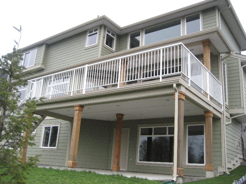 """Photo 14: Photos: 16368 58A Avenue in Surrey: Cloverdale BC House for sale in """"Highlands"""" (Cloverdale)  : MLS®# F1003455"""