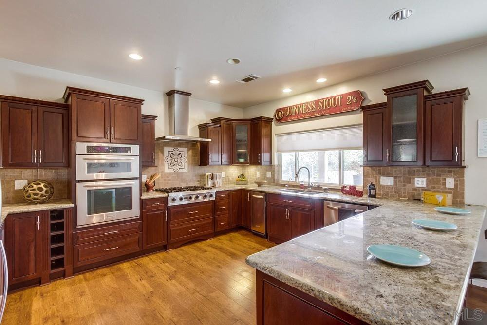 Main Photo: JAMUL House for sale : 3 bedrooms : 2091 Via Laura