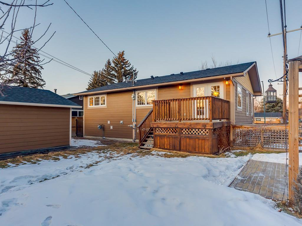 Photo 45: Photos: 10607 MAPLEBEND Drive SE in Calgary: Maple Ridge Detached for sale : MLS®# C4289445