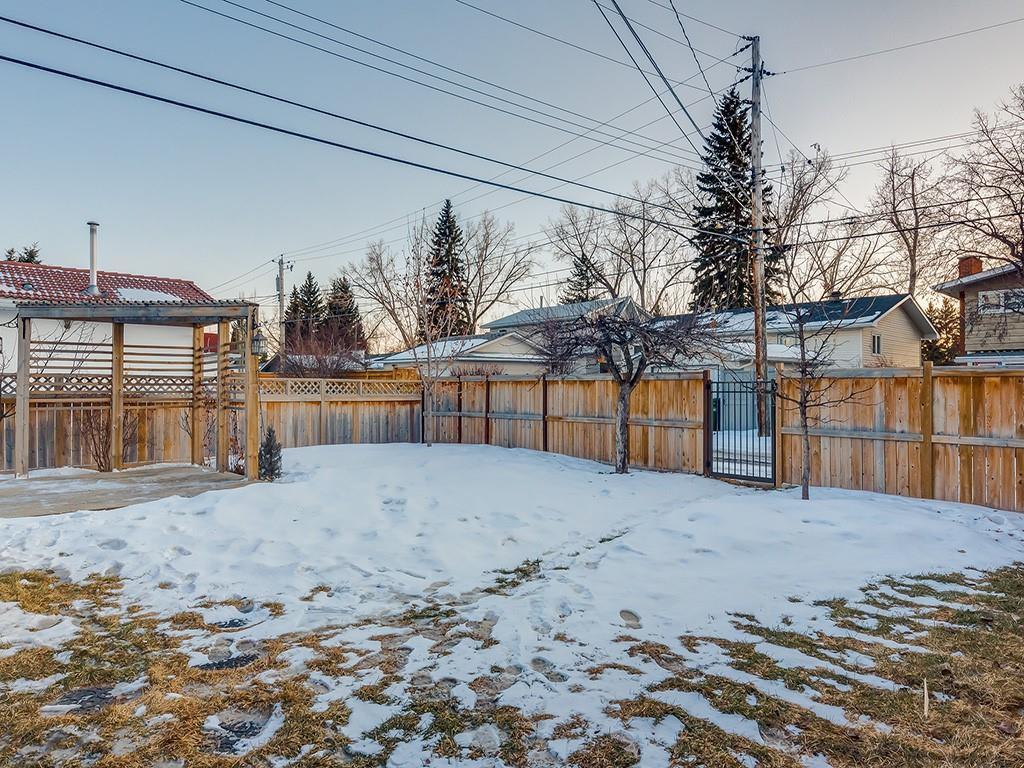 Photo 47: Photos: 10607 MAPLEBEND Drive SE in Calgary: Maple Ridge Detached for sale : MLS®# C4289445