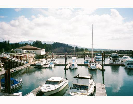 Main Photo: 309 1585 FIELD Road in Sechelt: Sechelt District Townhouse for sale (Sunshine Coast)  : MLS®# V807229