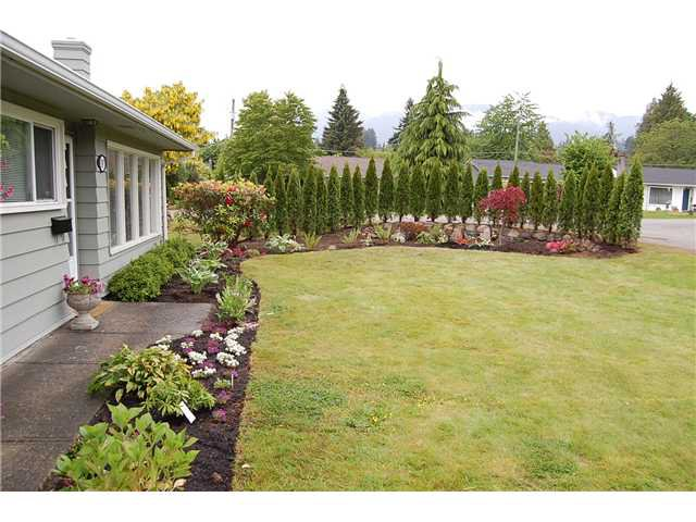"Photo 2: Photos: 1397 COTTONWOOD in North Vancouver: Norgate House for sale in ""Norgate"" : MLS®# V864616"