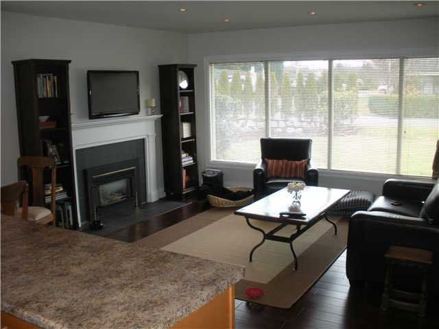 "Photo 3: Photos: 1397 COTTONWOOD in North Vancouver: Norgate House for sale in ""Norgate"" : MLS®# V864616"