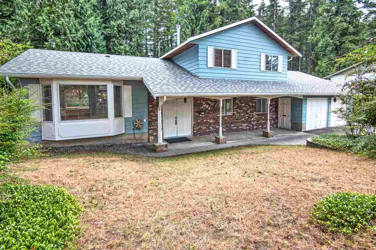 Main Photo: 19684 41A Avenue in Langley: Brookswood Langley House for sale : MLS®# R2392109