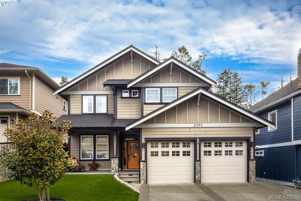 Main Photo: 2191 Stone Gate in VICTORIA: La Bear Mountain Single Family Detached for sale (Langford)  : MLS®# 423255