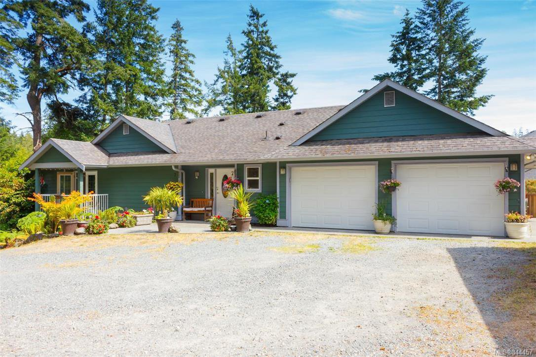 Main Photo: 1062 Summer Breeze Lane in Langford: La Happy Valley House for sale : MLS®# 844457