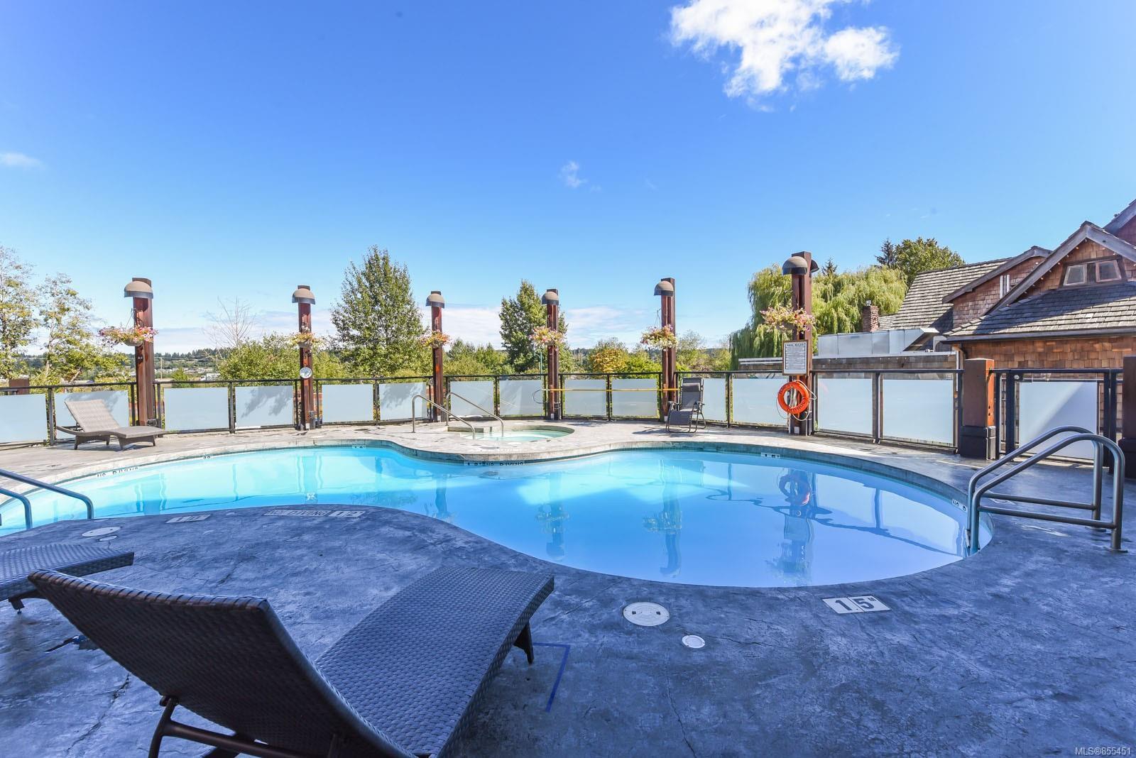 Main Photo: 106D 1730 Riverside Lane in : CV Courtenay City Condo for sale (Comox Valley)  : MLS®# 855451