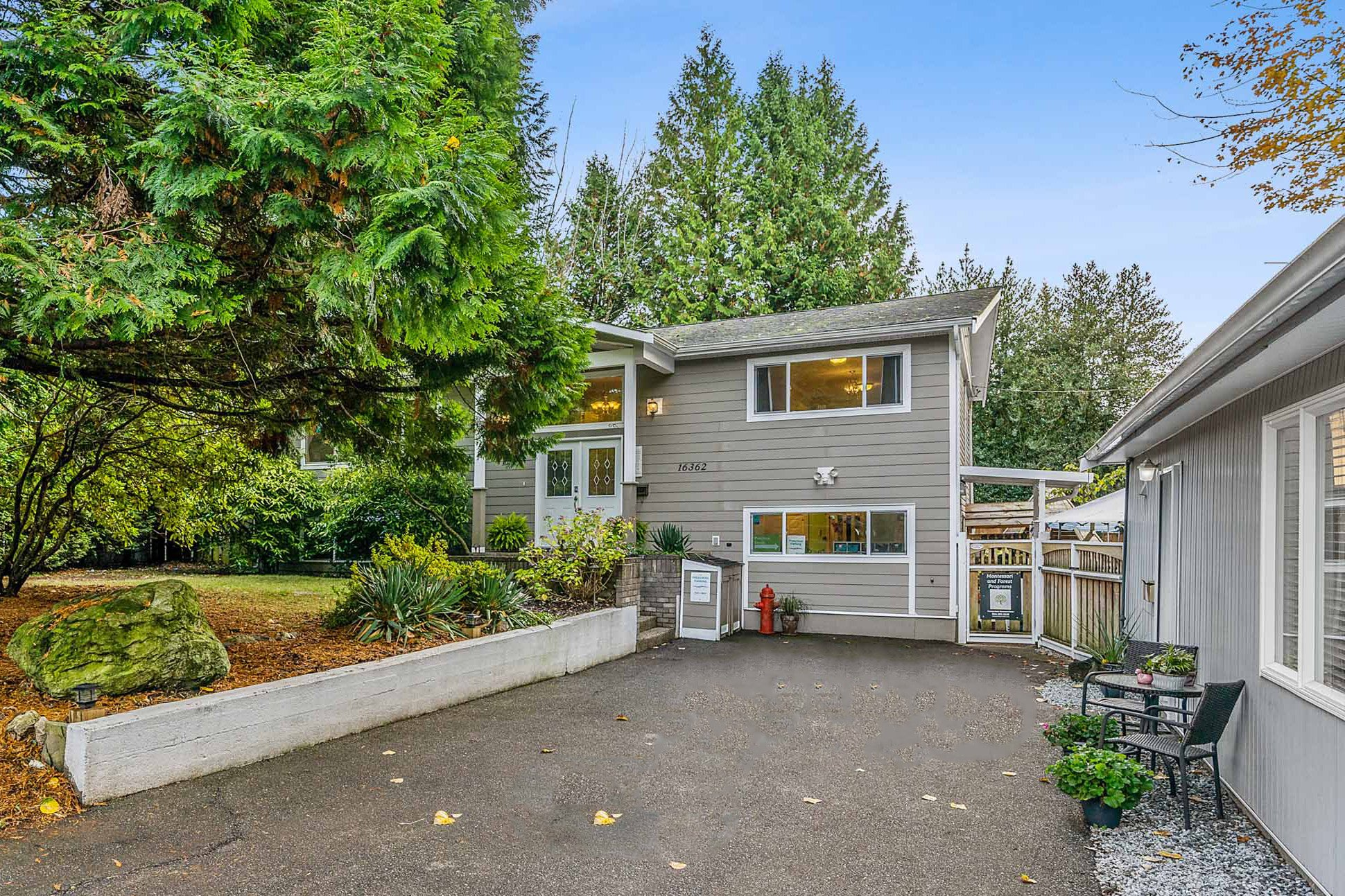 Main Photo: 16362 14A Avenue in Surrey: King George Corridor House for sale (South Surrey White Rock)  : MLS®# R2510249