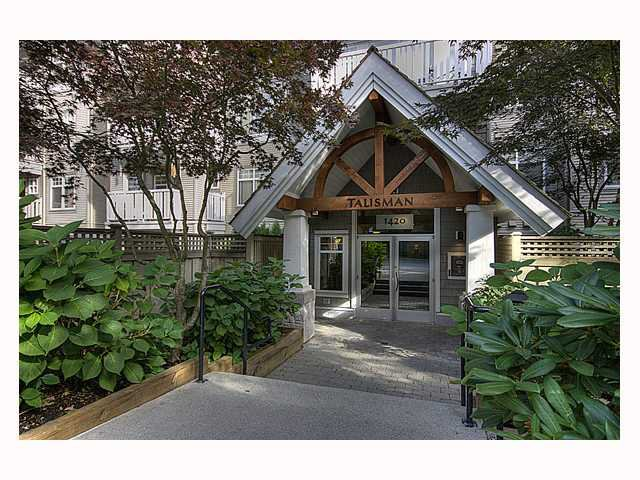 "Main Photo: 102 1420 PARKWAY Boulevard in Coquitlam: Westwood Plateau Condo for sale in ""THE MONTREAUX"" : MLS®# V792954"
