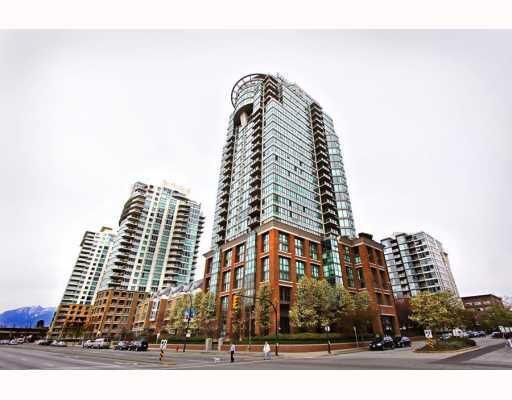 """Main Photo: 502 1088 QUEBEC Street in Vancouver: Mount Pleasant VE Condo for sale in """"VICEROY"""" (Vancouver East)  : MLS®# V809524"""