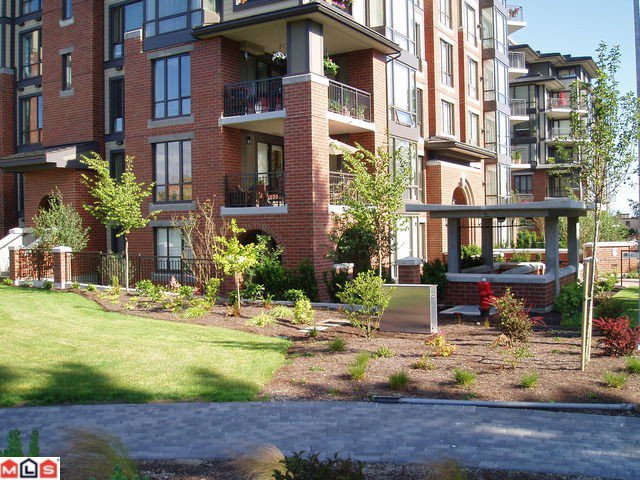"""Photo 3: Photos: 103 1580 MARTIN Street: White Rock Condo for sale in """"SUSSEX HOUSE"""" (South Surrey White Rock)  : MLS®# F1010605"""