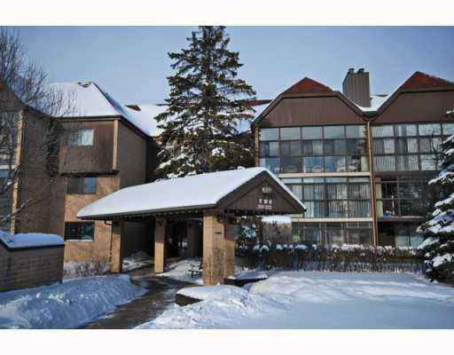 Main Photo: 65 SWINDON Way in WINNIPEG: River Heights / Tuxedo / Linden Woods Condominium for sale (South Winnipeg)  : MLS®# 2900794