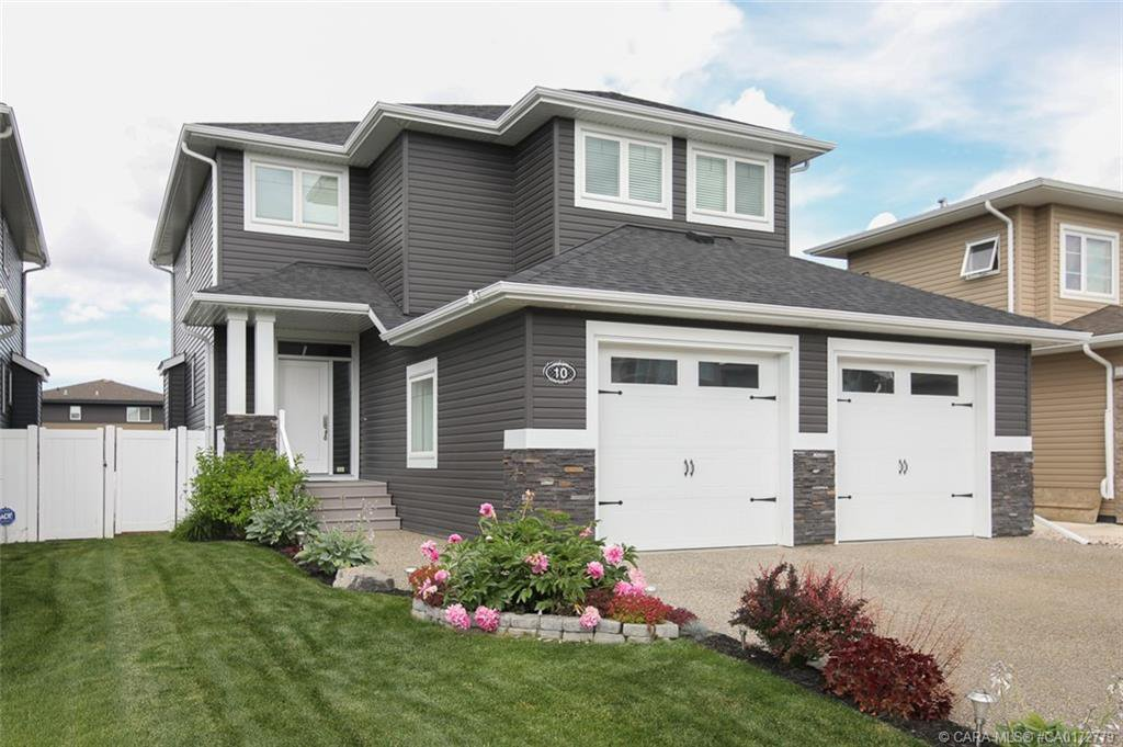 Main Photo: 10 Lowden Close in Red Deer: Laredo Residential for sale : MLS®# CA0172779