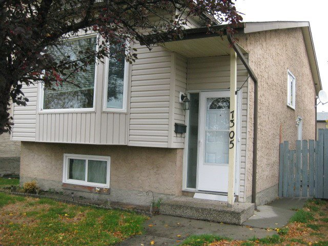 Main Photo: 7305 184 Street in Edmonton: Zone 20 House for sale : MLS®# E4175089