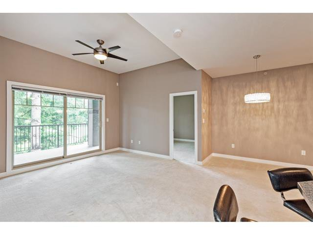 Photo 11: Photos: #402 33898 Pine St. in Abbotsford: Central Abbotsford Condo for rent
