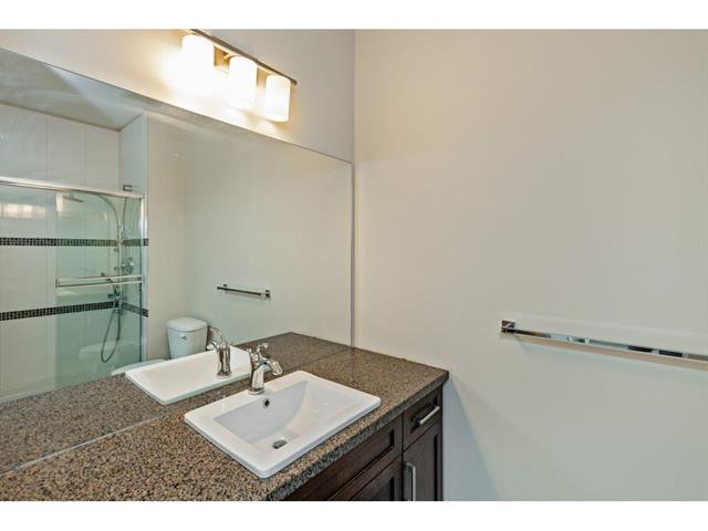 Photo 16: Photos: #402 33898 Pine St. in Abbotsford: Central Abbotsford Condo for rent