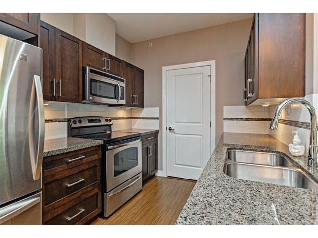 Photo 8: Photos: #402 33898 Pine St. in Abbotsford: Central Abbotsford Condo for rent
