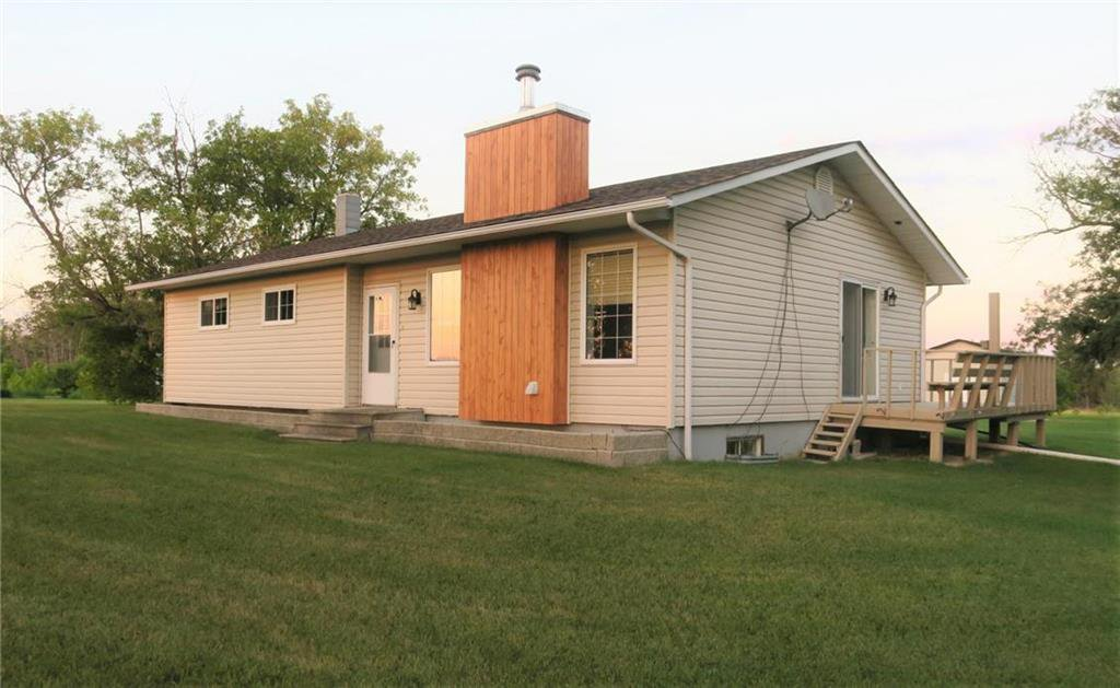 Main Photo: 21011 67 Road East in Woodridge: R17 Residential for sale : MLS®# 202021058