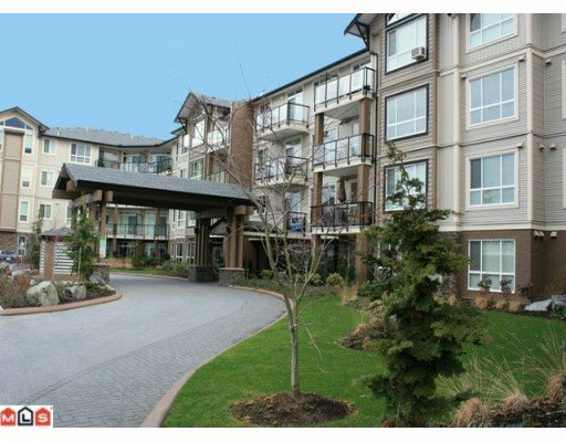 "Main Photo: 222 32729 GARIBALDI Drive in Abbotsford: Abbotsford West Condo for sale in ""GARIBALDI LANE"" : MLS®# F1001964"
